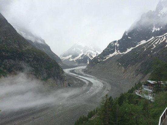 Montenvers Train - La Mer de Glace: Glacier