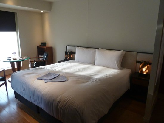 Shinjuku Granbell Hotel : Our beautiful bed