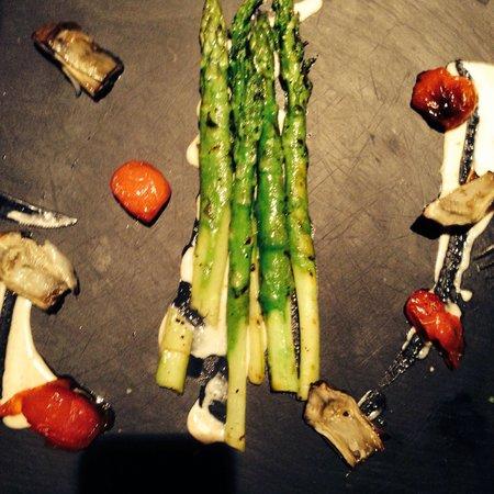 Hachatzer : Asparagus