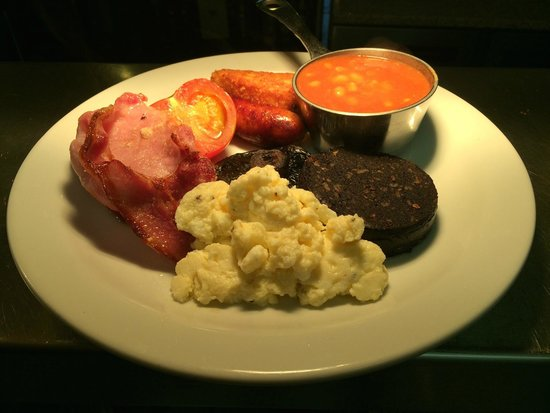 Nuneaton, UK: full english