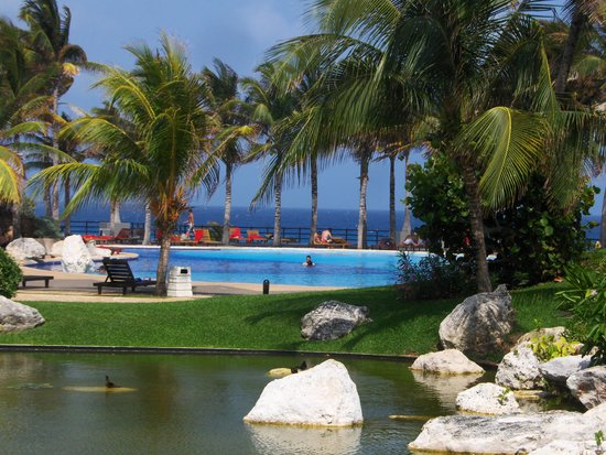 Grand Oasis Cancún: View from the VIP Lounge