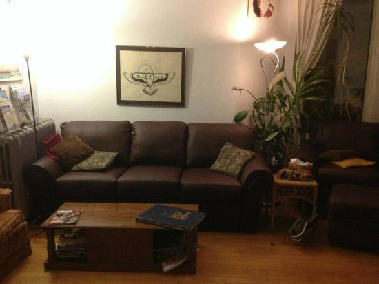 Guest House International: Common Room