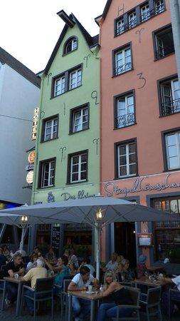 Das Kleine Stapelhauschen: closeup view from outside