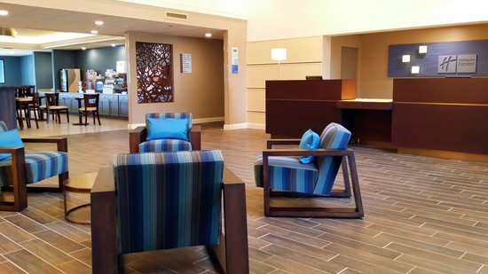 Holiday Inn Express Janesville - I-90 and US Highway 14: All New Interiors