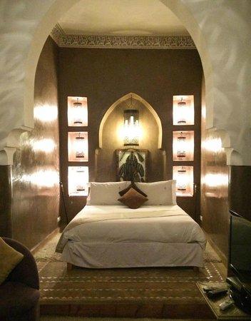 Riad Granvilier: Bed