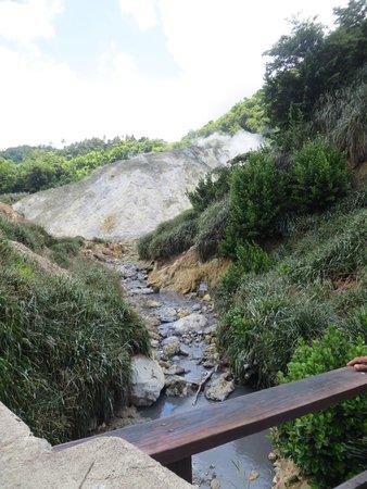 Sulphur Springs: Sulfur Spring