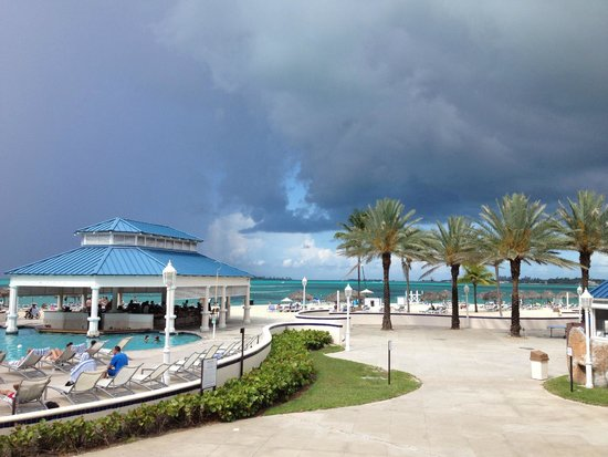 Melia Nassau Beach - All Inclusive : Bar Spiaggia