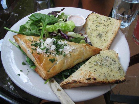 Greenleaf Restaurant: Spanakopita