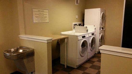BEST WESTERN Truman Inn: Guest Laundry