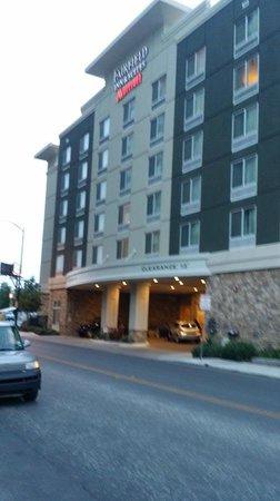 Fairfield Inn & Suites San Antonio Downtown/Alamo Plaza: Entrance