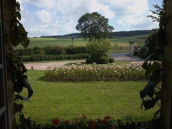 La Briqueterie : View outside bedroom window - front of property