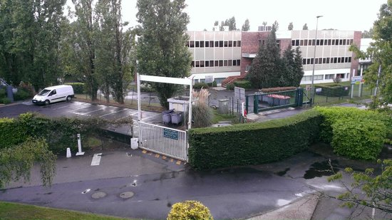 Mercure Paris Sud Les Ulis : View from room. Formula 1 hotel visible in the background