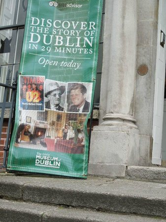 The Little Museum of Dublin: Sign outside the Little Museum.