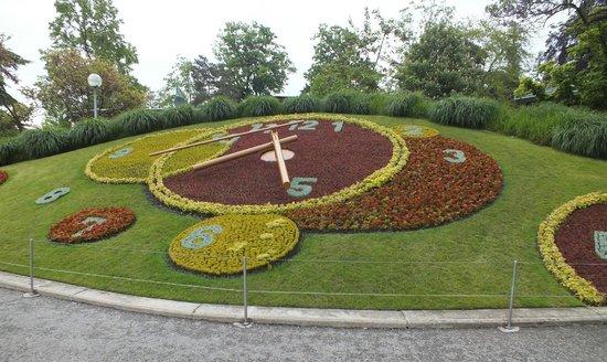 Lac Léman (Lac de Genève) : L'horloge fleurie
