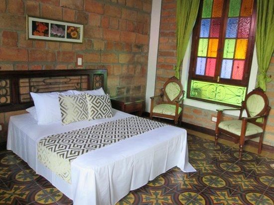Hosteria de la Plaza Menor: la habitacion, una belleza