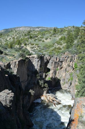 Shell Falls: Shell Canyon