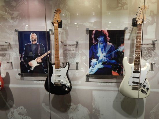 Fender Guitar Visitor Center: Famous axes