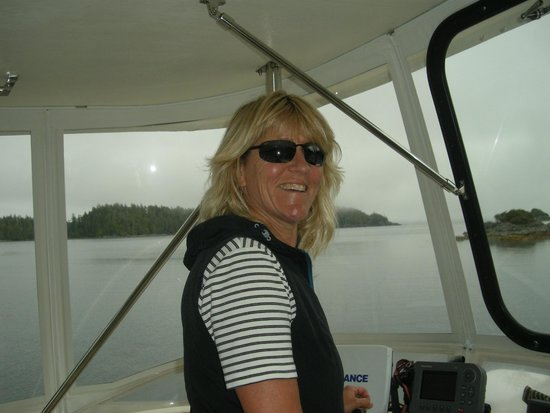 Archipelago Wildlife Cruises : Toddy, our intrepid co-captain and also very knowledgeable host