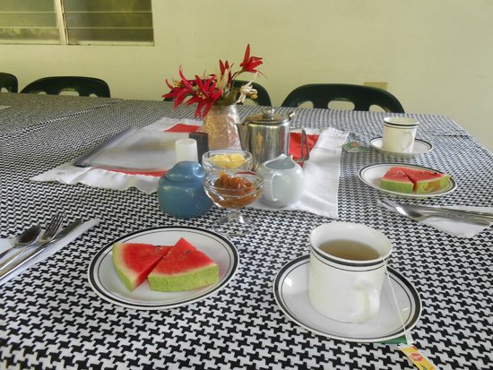 Blanchisseuse Beach Resort and Laguna Nature Lodge : breakfast