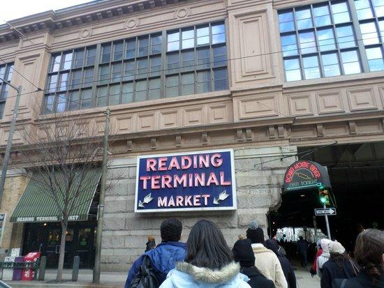 Reading Terminal Market: Entrada do mercado