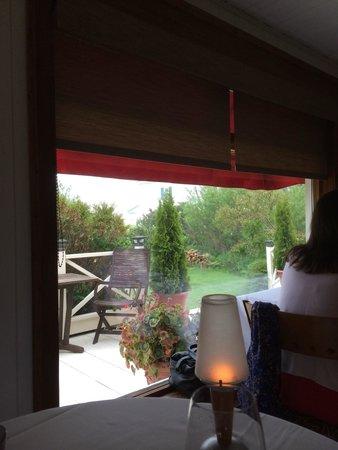 La Table des Roy: Une vue sur l'extérieur