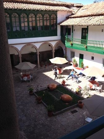 Hotel Garcilaso: the central plaza/courtyard