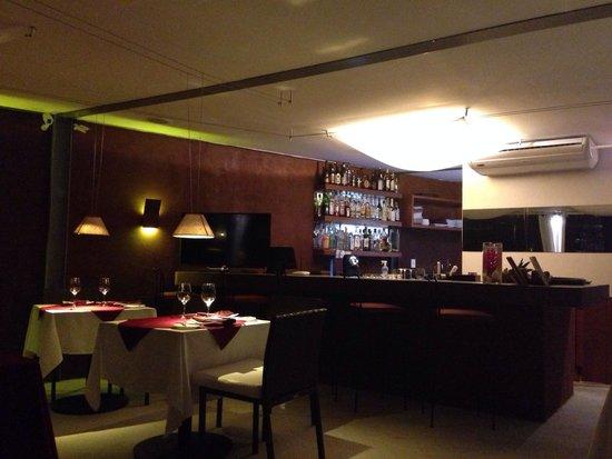 Mistico Sunset Lounge & Restaurant : Ambiente sofisticado e vista linda.