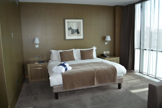 Radisson Blu Royal Hotel, Dublin : comfy bed