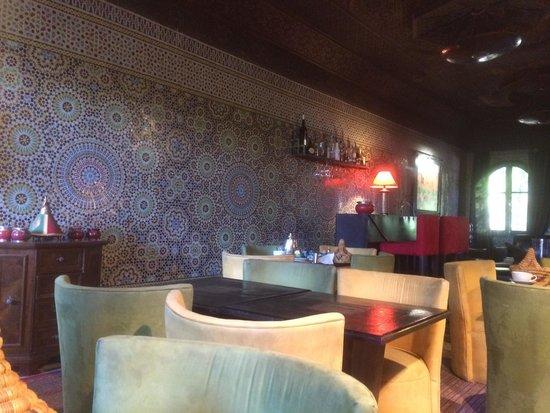 Villa Amira et SPA: Lounge/breakfast area