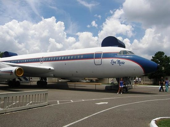 Graceland: The Lisa Marie Plane - got to see inside!