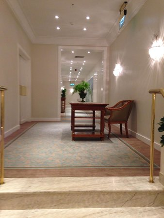 Belmond Copacabana Palace: Hall/corredor do quarto/apartamento