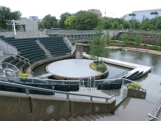 Myriad Botanical Gardens Stage And Seating