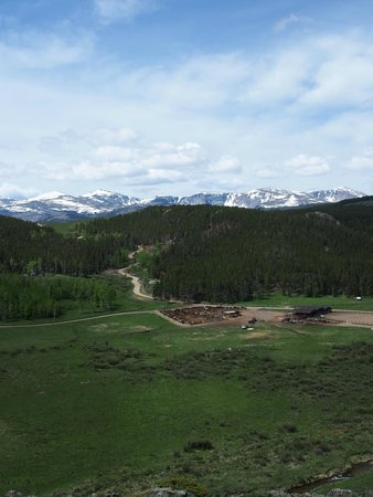 Paradise Guest Ranch: Oh the view!
