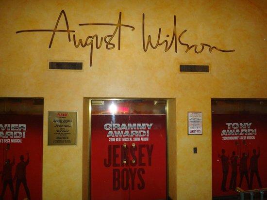 Jersey Boys: August Wilson Theatre - ENTRADA