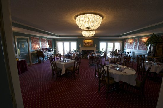 The Bayview: Dining room