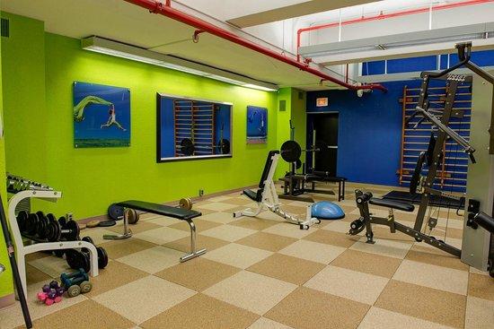 Crowne Plaza Kitchener-Waterloo : Fitness Area