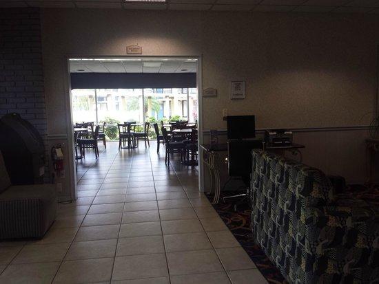 Best Western Cocoa Inn: Lobby