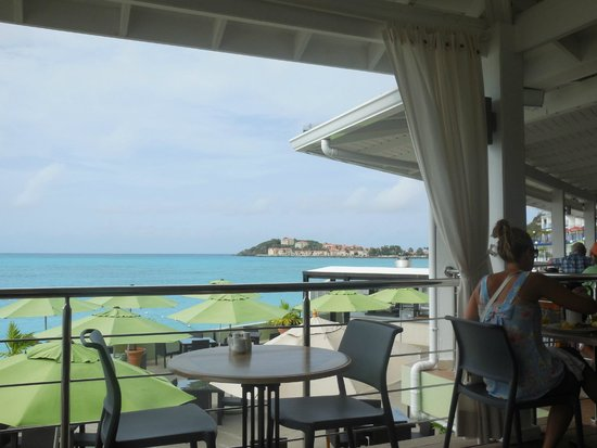Great Bay Beach Resort, Casino & Spa: View from dining buffet area