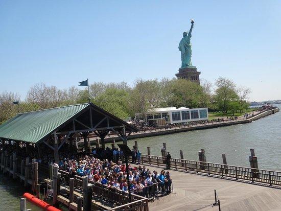 Statue de la liberté : Fila em Liberty Island para Ellis Island e Battery Park