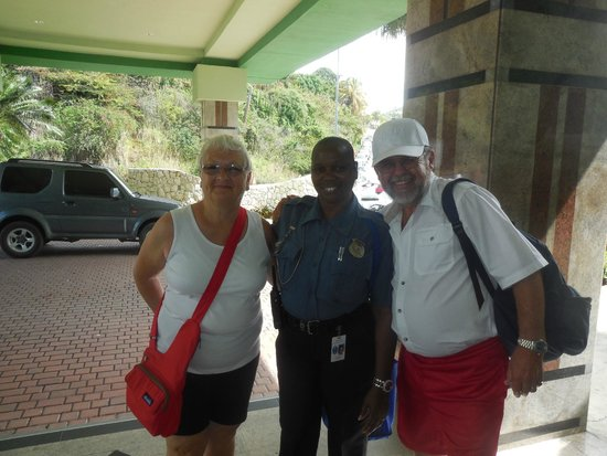 Great Bay Beach Resort, Casino & Spa : Wonderful staff like Ella and Jonathan took excellent care of us!