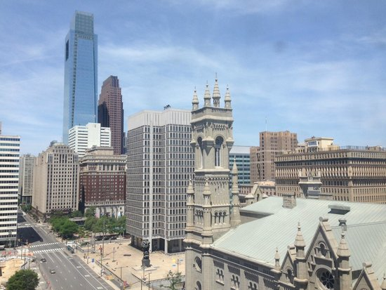 Courtyard Philadelphia Downtown : City Skyline