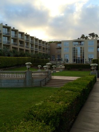 Hilton La Jolla Torrey Pines: Beautiful outdoor spaces
