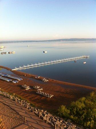 Tamarack Lodge: Pier from balcony