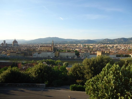 Piazzale Michelangelo: View of Florence from this lookout