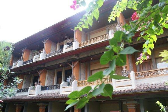 Ida Hotel: Отель