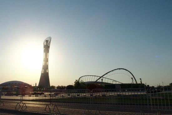 Parc Aspire : The Torch Hotel e Khalifa Stadium