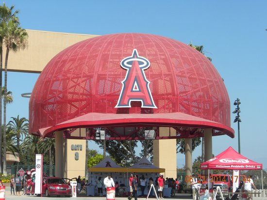 2c42562144a The Big Hat outside the stadium - Picture of Angel Stadium of ...
