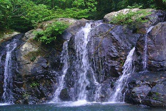 Salakot Waterfalls: The main falls - Salakot