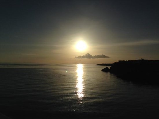 The Cove Eleuthera: The view every night at sunset