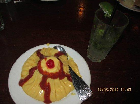 Little Havana Restaurant: dessert... this can serve 2 persons